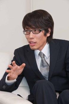 竹田恒ヤス 黒.jpg